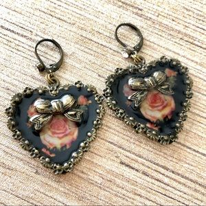 Betsey Johnson Rose Black Heart Earrings RARE